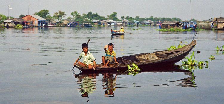Scenic river trip to Battambang